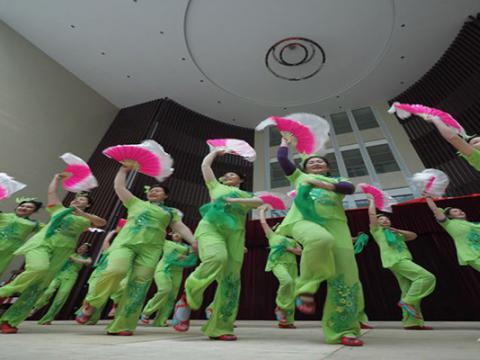 首届网络春晚第一联排昨日在文博城科技馆举行