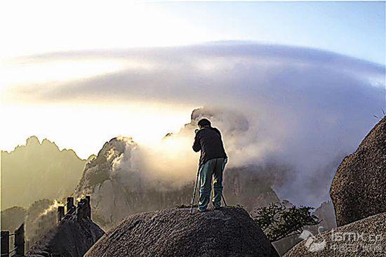 黄山环卫工:闲暇之余用镜头记录大美黄山