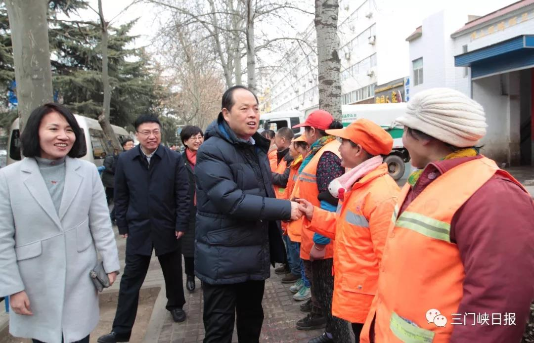 安伟察看春节期间保障工作并慰问一线职工