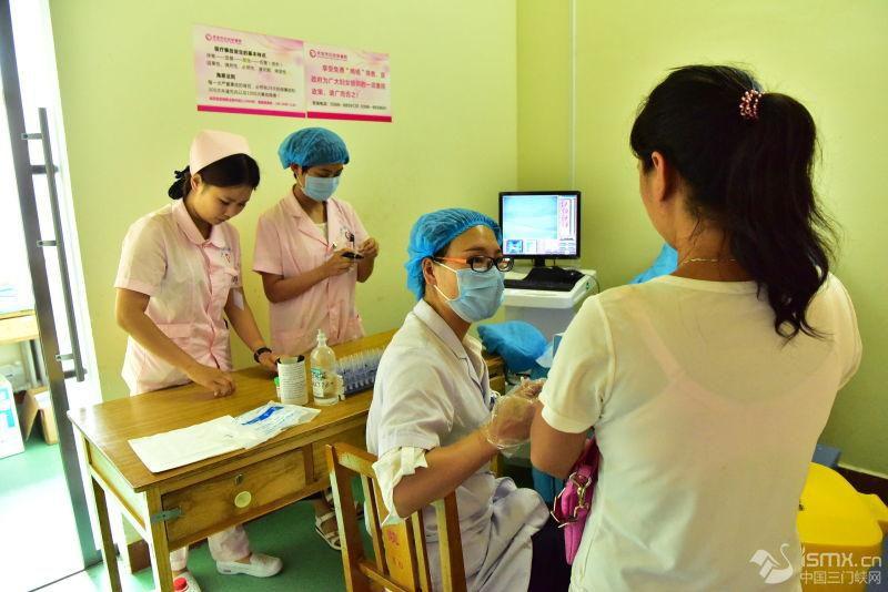 灵宝市卫计委、市委党校全力为贫困群众提供健康服务