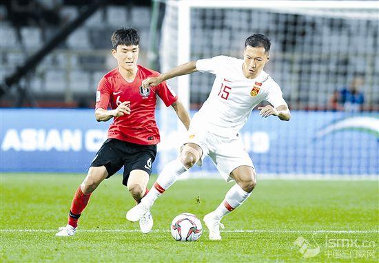 足球——小组赛:中国队不敌韩国队