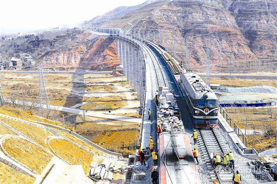 蒙华铁路河南段加紧后期施工