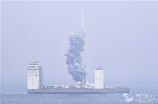 我��首次海上航天�l射成功
