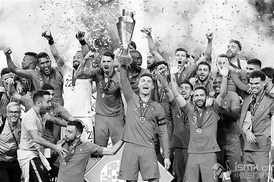 足球――�W洲��家��:葡萄牙�@得冠�