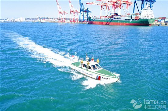 中国海警海上报警平台运行一年接警6万余起
