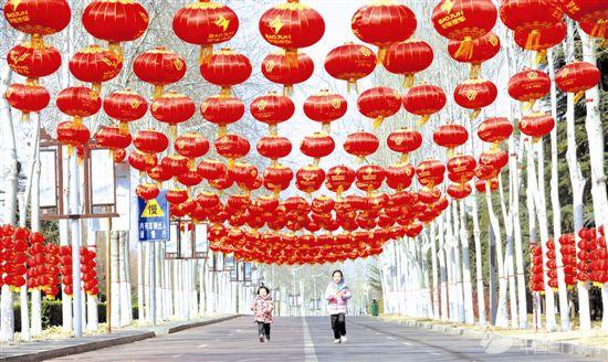【网络中国节·春节】新春走基层