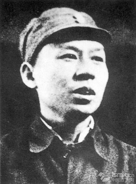 从《共产党员的修养》到《论共产党员的修养》