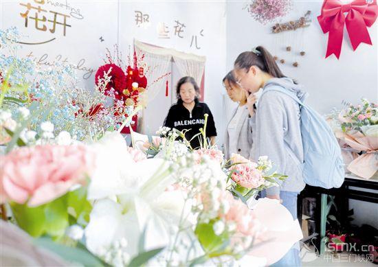 鲜花祝福送妈妈