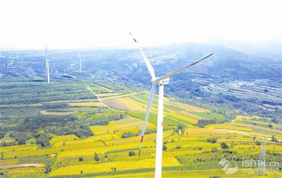 我省最大的内陆山地风电场